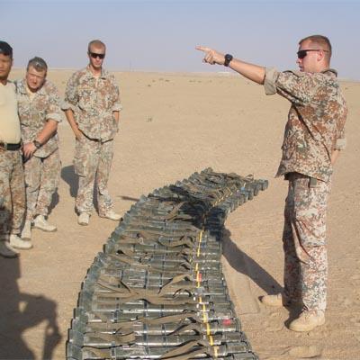 Instruktion på skydebane i Kuwait, August 2007.